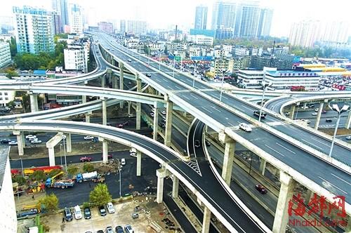 乌鲁木齐建5层立交桥