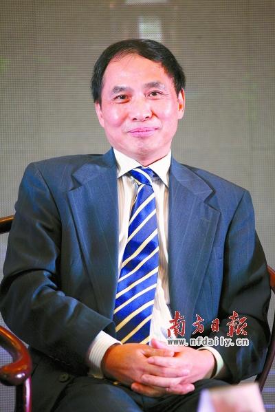 新加坡国立大学东亚研究所所长郑永年: