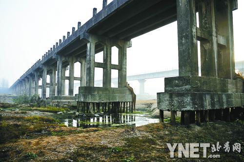 木桩支撑桥墩应是旧时施工工艺