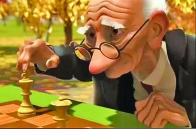 盘坐白发老人头像