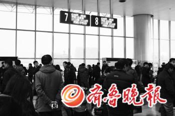 3482次火车晚点图片2