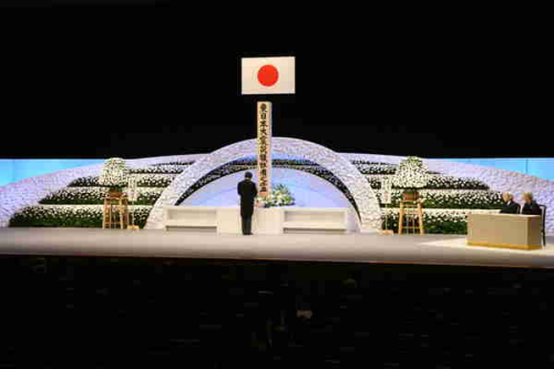 11日,日本举行了东日本大地震两周年追悼大会
