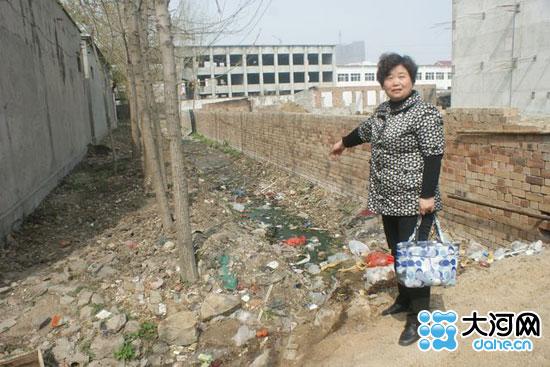 宝丰县有多少人口_宝丰县一在建小区堵死村庄排水沟 村民理论遭殴打