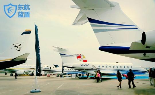 展示飞机数量达30