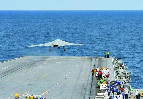 美国无人机首次从航母起飞