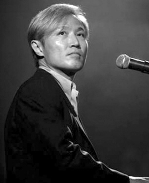 周启生:香港乐坛30年的非主流奇人