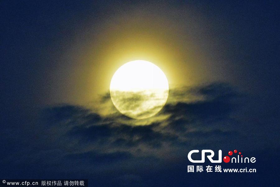 太阳地球月亮的关系