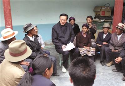 陈全国受邀到藏民家吃午饭 饭后主动交伙食费(图)