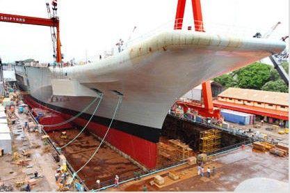资料图:印度首艘国产航母准备下水。