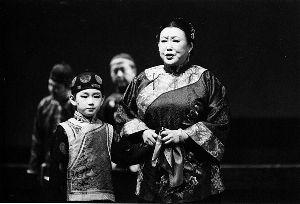 郭宝昌话剧《大宅门》剧照,将于9月4日至5日作为戏剧展闭幕演出在天津亮相。