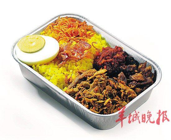 亚航机上餐食,将是马来西亚美食之旅的第一站