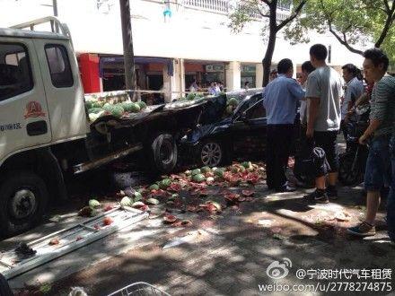 宁波:司机肇事后持刀将被撞男子当街砍死(图)