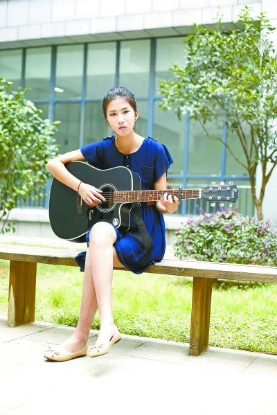 女生古筝电子琴江苏吉他有艺姑娘明你她知道喜欢图片