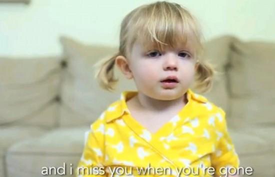 告白我爱你!美国2岁女孩超萌妈咪女生爆红网络自慰视频过图片