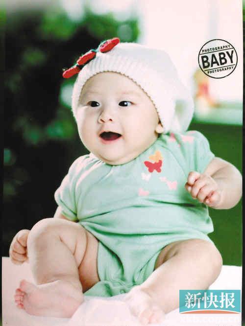 网友纷纷点赞,称胖嘟嘟的cindy比李湘的女儿王诗龄更可爱,有网友留言