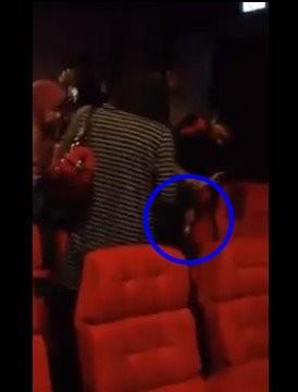 马来西亚女生看电影疑鬼附身发出少女咆哮声猛兽a女生节图片