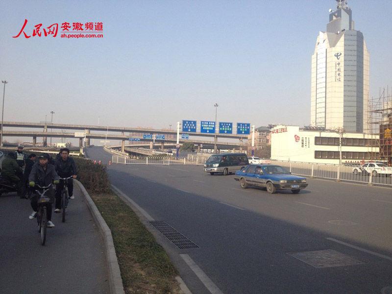 五里墩电�yi)��o_合肥五里墩立交桥暂行全封闭 禁止车辆和行人进入封闭