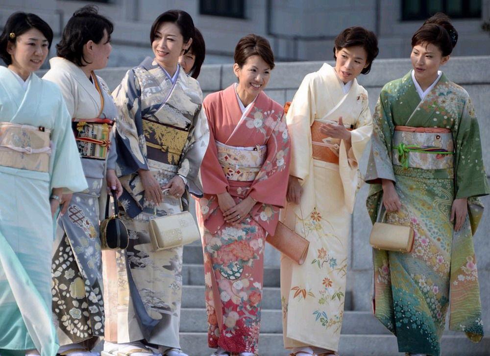 日本女过程穿议员出席国(图)丝袜图片脱和服性感图片