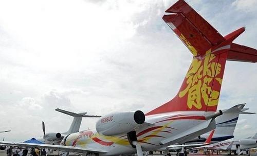 成龙价值2亿私人飞机曝光 多图揭秘华人明星的私人飞机