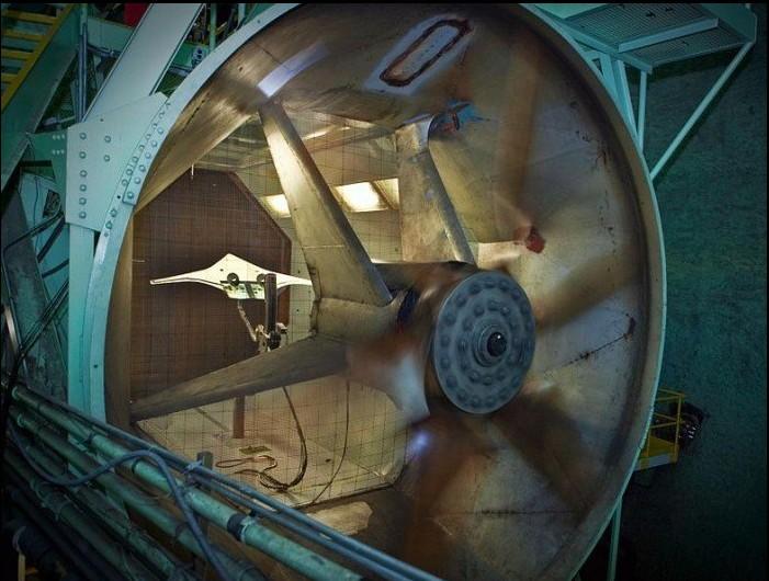 在进行风洞测试的X-48C概念飞行器