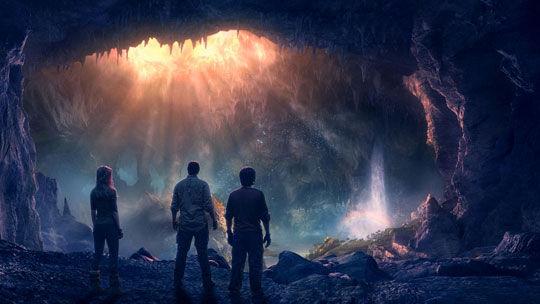 地球存在众多地下洞穴,足够相当数量的人类栖息