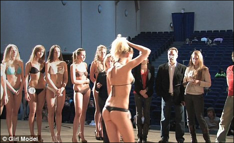 电影《Girl Model》揭露模特界T台下选秀黑幕