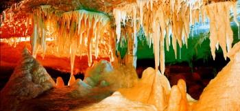 女人嫩穴洞_淄博沂源九天洞:中国最大的石花洞穴