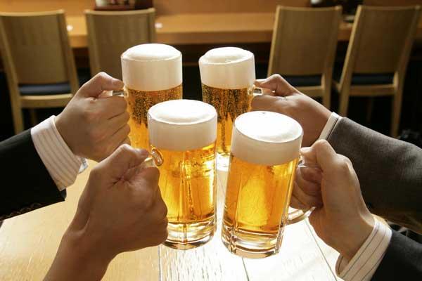 喝酒_谣言第183期:喝酒能暖身?_美体_凤凰网