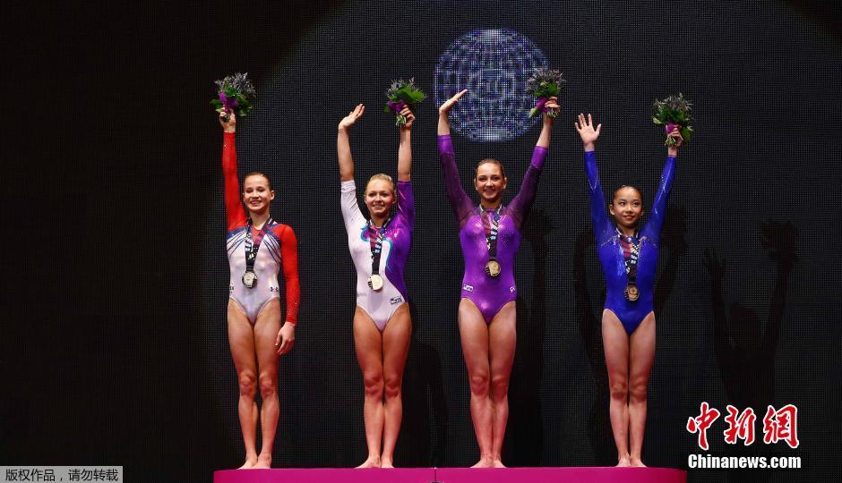 体操世锦赛女子高低杠