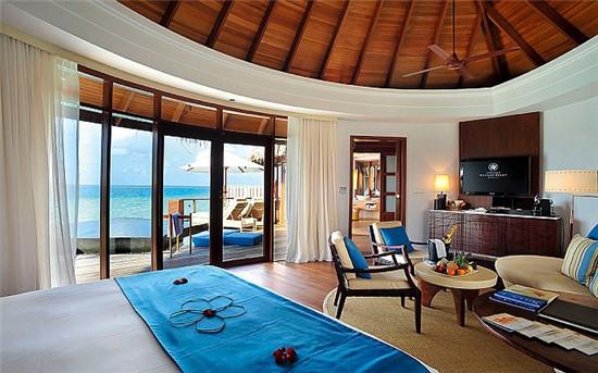 世界之窗:哈拉薇麗的海景別墅,面朝大海.