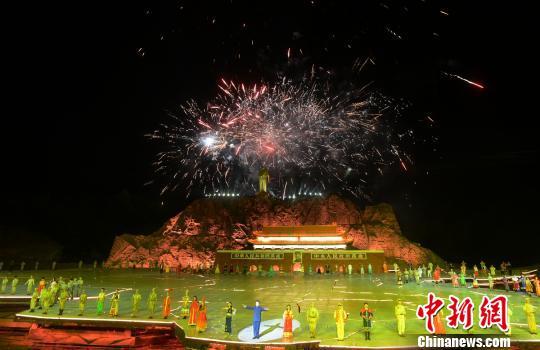 中国出了个毛泽东7_两千余官兵建军节前看红色大戏:不忘历史 踏实前进|演出|大戏 ...