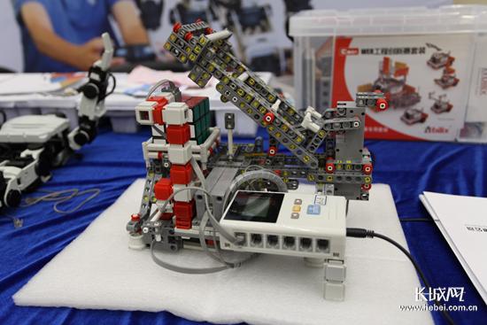 河北省第二屆中小學教育機器人競賽成功舉辦