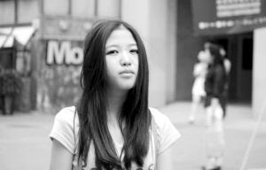 亚洲幼幼文学_> 正文  余幼幼大学的专业是财务管理,尽管这和她本身热爱的文学创作